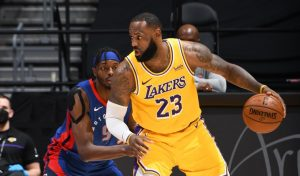 Golden State Warrious chiến thắng ngoạn mục trước Lakers