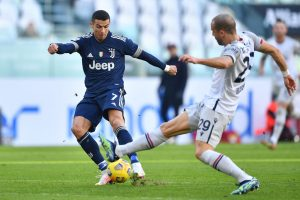 Juventus thắng nhẹ nhàng Bologna 2-0 tiếp tục giấc mơ vô địch